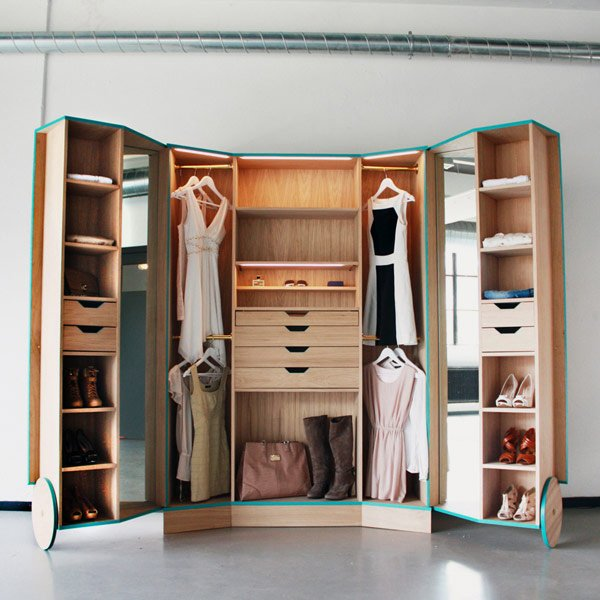 Walk In Wardrobes The Perfect Clothes Solution: Good Solution For Spacious Storage With Walk-in Closet