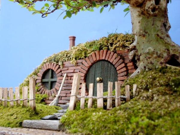 Bonsai-home-hobbit-12