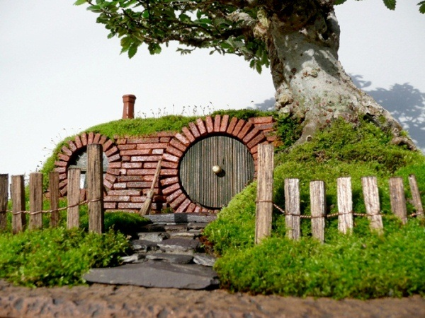 Bonsai-home-hobbit-2