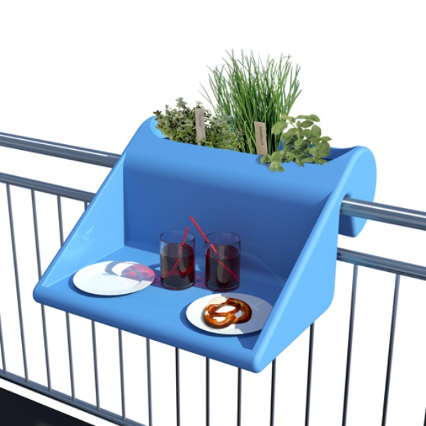 Table-planter-for-balconies-1