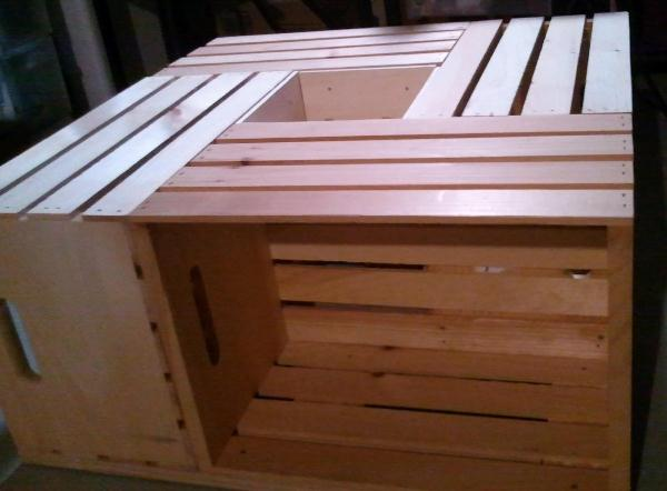 Wine-Crate-Coffee-Table-1