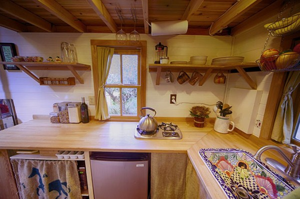 Fencl-tiny-house-13