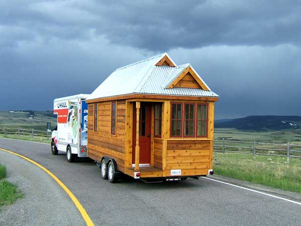 Cozy Tiny House On Wheels Home Design Garden