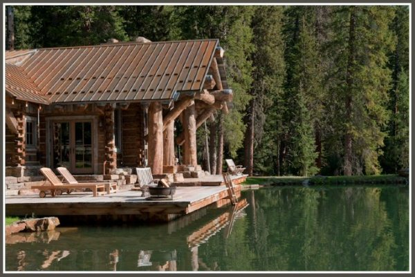 Headwaters-Camp-log-home-1