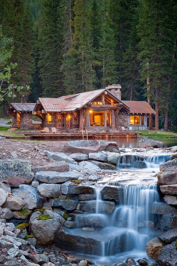 Headwaters-Camp-log-home-13