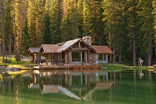 Headwaters-Camp-log-home
