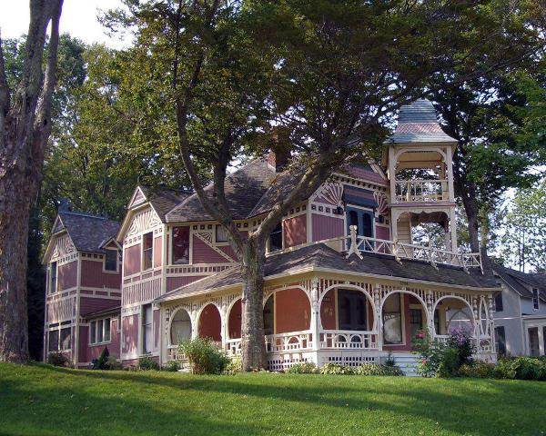 Victorian style beautiful home design home design for Historic farmhouse plans