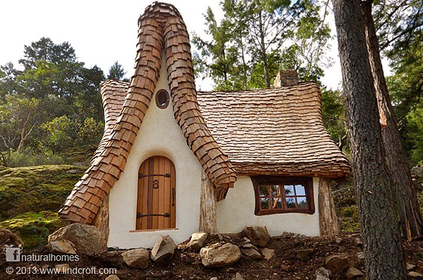 Homes That Must Be The Dream Of Many A Woodland Fairytale House By The