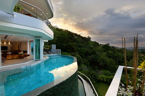 A Combination Of Luxury And Elegance At Villa Beyond In