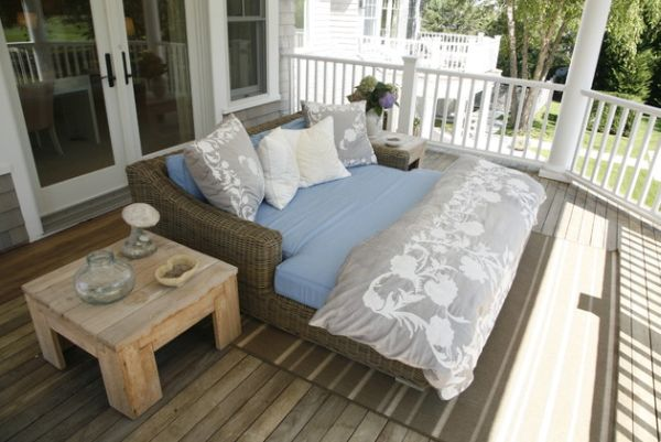 20 Outdoor Beds That Offer Pleasure Comfort And Style