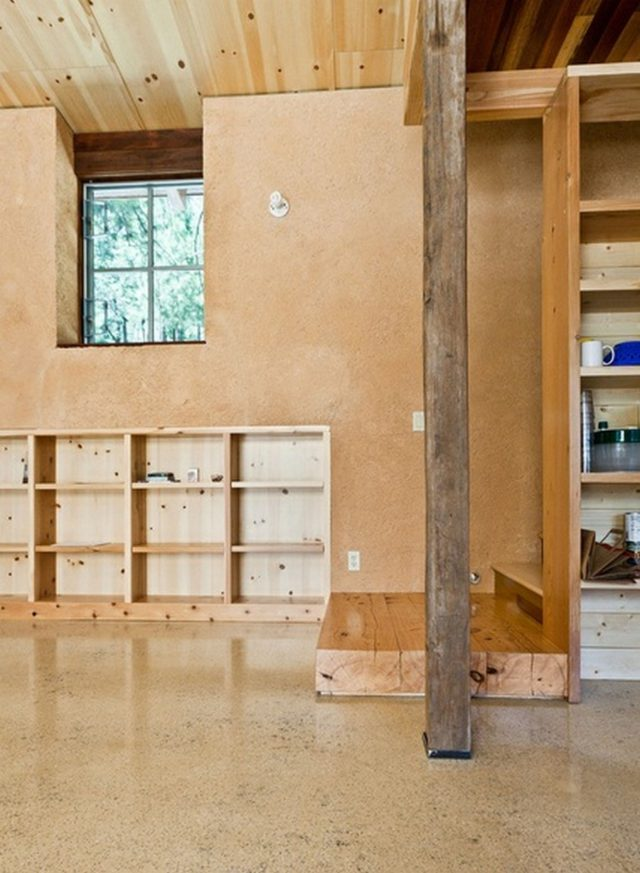 off-the-grid-strawbale-cabin-9