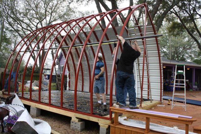 arched-cabins-2