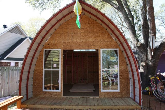 arched-cabins-3